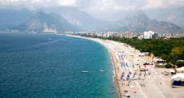 Giriş çıkışları kapatılan dünyaca ünlü sahil, sosyal mesafeli açılışa hazırlanıyor