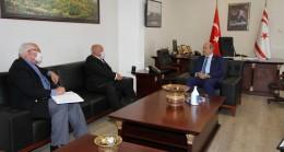 "Başbakan Ersin Tatar ""British Residents Society"" Başkanı Peter Wilkins, kabul etti."