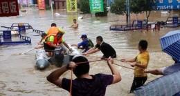 Çin'in güneyini vuran sağanak yağıştan 320 bin kişi olumsuz etkilendi