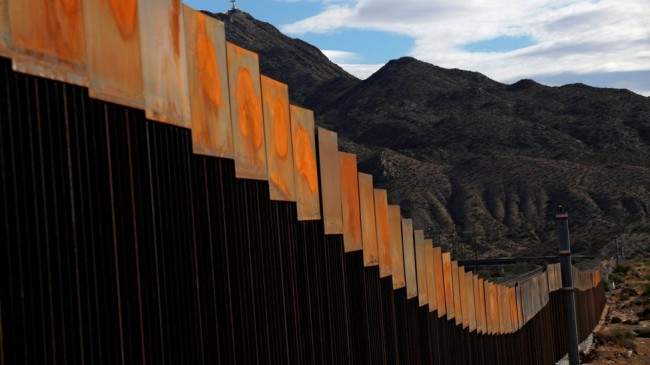 ABD'de Mahkeme Meksika sınırına duvar örülmesinin yasal olmadığına karar verdi