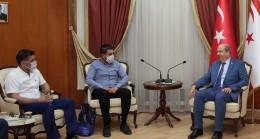 Başbakan Ersin Tatar Fenerbahçeliler Derneğini Kabul Etti