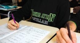 Nesibe Aydın'dan üniversite adaylarına sınav kazandıran tüyolar