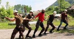 Polis Özel Harekat ekiplerinin AFAD'la nefes kesen tatbikatı