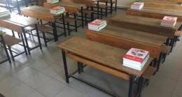 Ders kitapları okullara dağıtıldı