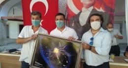 Kuşadası Belediye Meclisi, dünya şampiyonlarını ağırladı