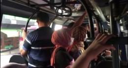 (Özel) Minibüste sosyal mesafe hiçe sayıldı