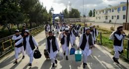Afgan hükümeti 400 Taliban mahkumunu serbest bıraktı