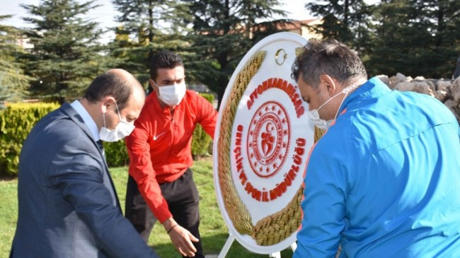 """Afyonkarahisar'da tedbirli """"Amatör Spor Haftası"""" töreni"""