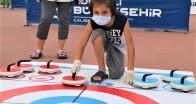 Başiskele Sahili'nde Floor Curling keyfi