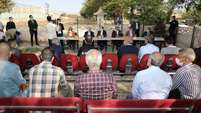 Elazığ il protokolü, Aksaray Mahallesi  sakinleriyle bir araya geldi