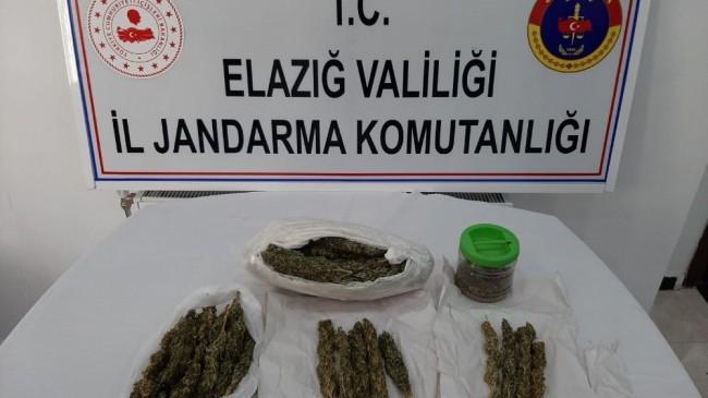 Elazığ'da uyuşturucu taciri yakalandı, 5 kilo esrar ele geçirildi