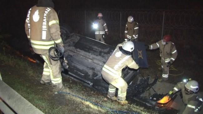 (ÖZEL) Kontrolden çıkaran araç takla atarak şarampole yuvarlandı