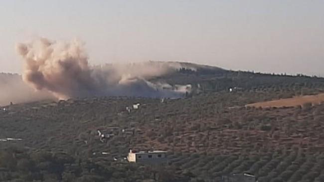 Rus savaş uçakları İdlib'i vurdu: 2 ölü, 13 yaralı