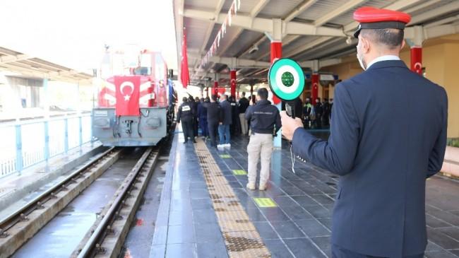 Atatürk'ün Diyarbakır'a gelişinin 83'üncü yıl dönümü törenlerle kutlandı