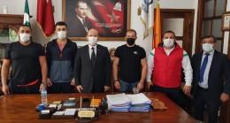 Başkan Özcan, şampiyon güreşçileri altın ile ödüllendirdi