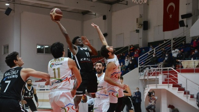 Basketbol Süper Ligi: Aliağa Petkim Spor: 82 – Beşiktaş : 72