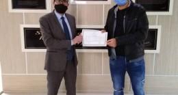 Burhaniye'de açık lise diplomaları dağıtılıyor