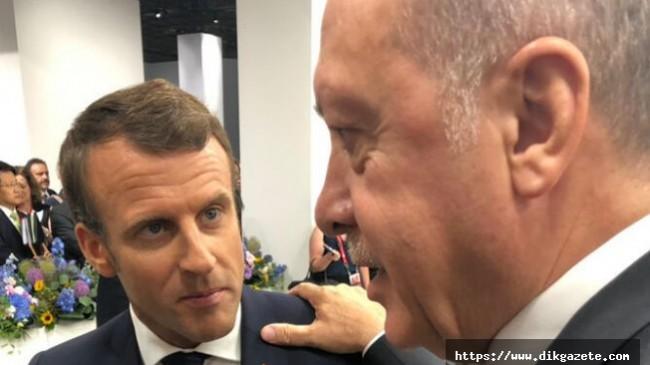 """DikGazete.com Muhabirinin Haberi Rusya'da Gündem Oldu ! Cumhurbaşkanı Erdoğan """"Macron'un Tedaviye İhtiyacı Var"""""""