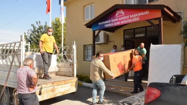 Evleri yanan aileleri belediyeden eşya desteği