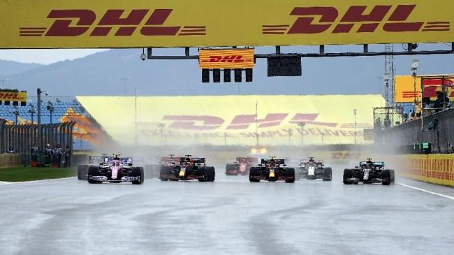 Formula 1 Türkiye Grand Prix'si start aldı