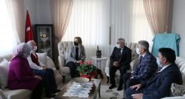 Vali Becel şehit ve gazi ailesini ziyaret etti