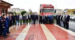 Yeşilyurt'tan İzmir'e 10 ton gıda ve 500 battaniye desteği