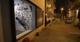 Yunanistan'da sokağa çıkma yasağının süresi 8 saate çıkarıldı