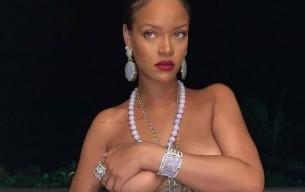Rihanna'nın üstsüz paylaşımı diplomatik kriz çıkardı