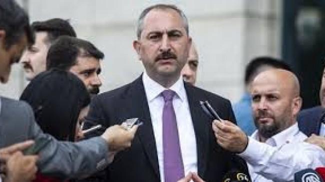 Adalet Bakanı Gül'den bildiri tepkisi