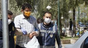 Dükkanda asılı Türk bayrağını söken kişi gözaltına alındı