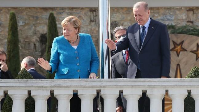 Merkel'den veda ziyareti… Cumhurbaşkanı Erdoğan, 'Boğaz'ı anlattı