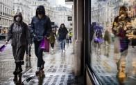 """İngiltere'de sağlık çalışanlarından hükümete uyarı: """"Kayıtlara geçen en zorlu kış olabilir, önlem alın"""""""
