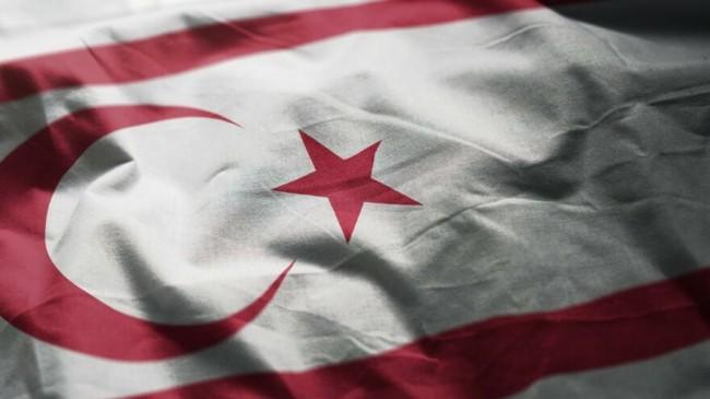 KKTC Başbakanı Ersan Saner, hükümetin istifasını sundu